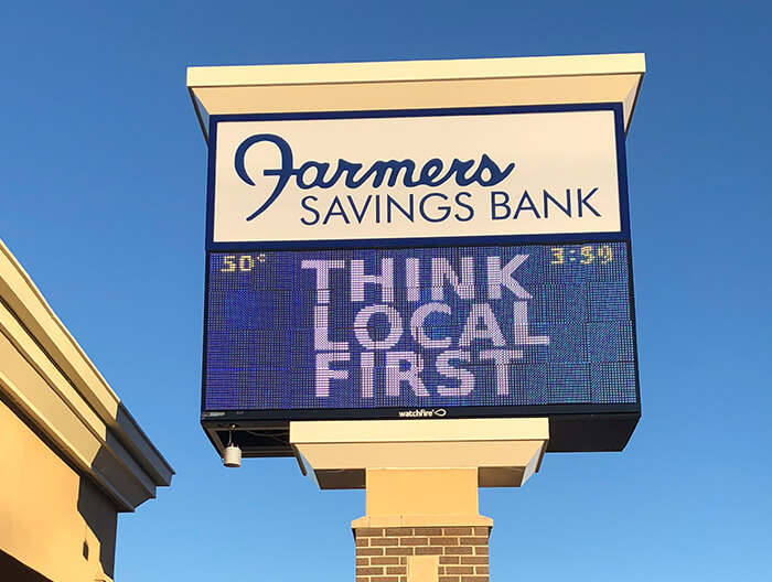 Farmers Savings Bank Electronic Display