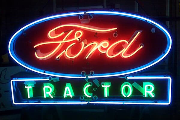 Exterior Neon Ford Tractor