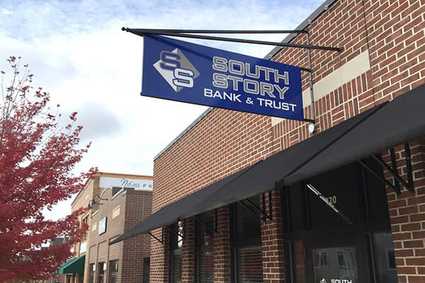 Projection Signs South Story Bank & Trust