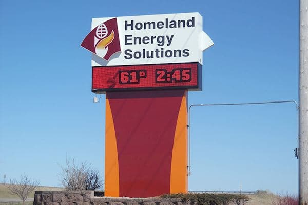 Homeland Energy Solutions - Monochrome Red