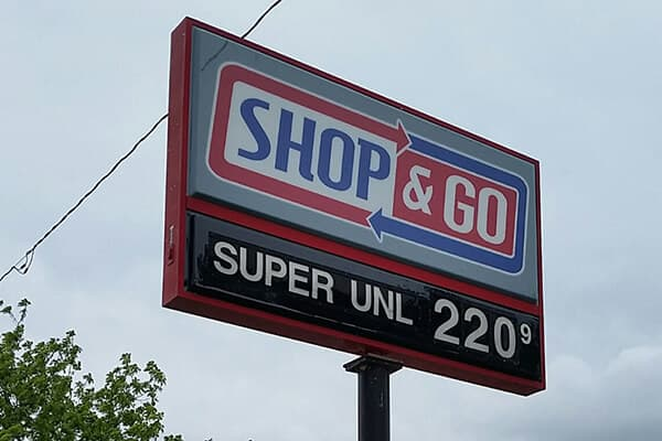 Convenience Stores Shop & Go Pole Sign