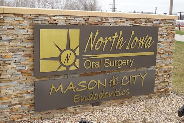 Healthcare North Iowa Oral Surgery Monument Sign