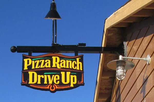 Restaurants & Bars Pizza Ranch Projecting