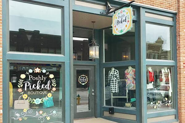 Retail Poshly Picked Boutique